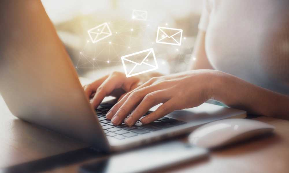 How to Write an Introductory Email to New Clients