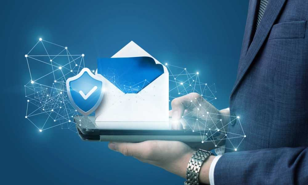 What is the Difference Between Direct Emailing and Spam